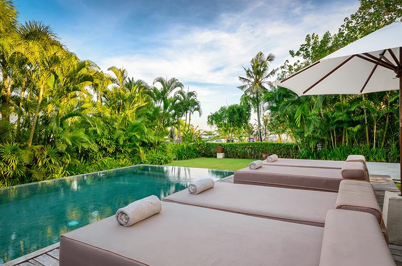 Pool Side Loungers - Shalimar Cantik - Seseh, Bali