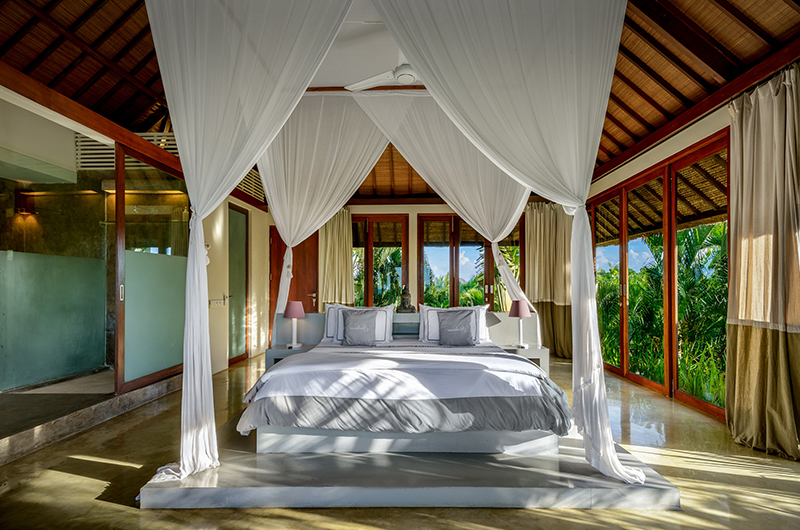 Bedroom with Mosquito Net - Shalimar Makanda - Seseh, Bali