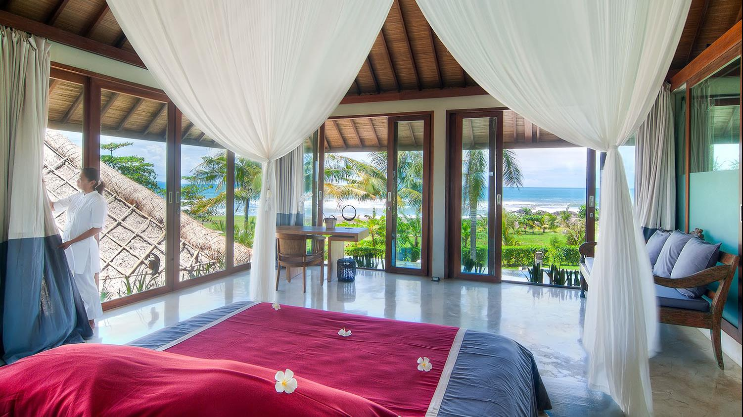 Bedroom with Sea View - Shalimar Villas - Seseh, Bali