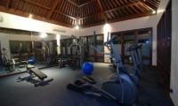 Gym - Sinaran Surga - Uluwatu, Bali