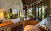 Bedroom with Study Table and Garden View - Taman Ahimsa - Seseh, Bali