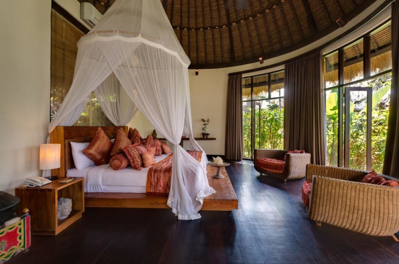 Bedroom with Wooden Floor and Garden View - Taman Ahimsa - Seseh, Bali
