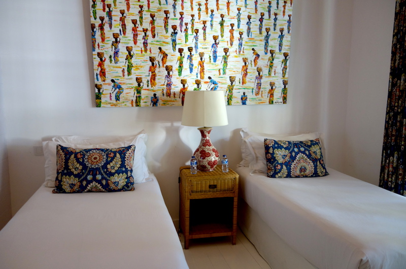 Twin Bedroom with Table Lamp - The Cotton House - Seminyak, Bali