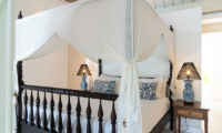 Four Poster Bed with Table Lamps - The Cotton House - Seminyak, Bali