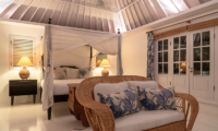 Bedroom with Sofa - The Cotton House - Seminyak, Bali