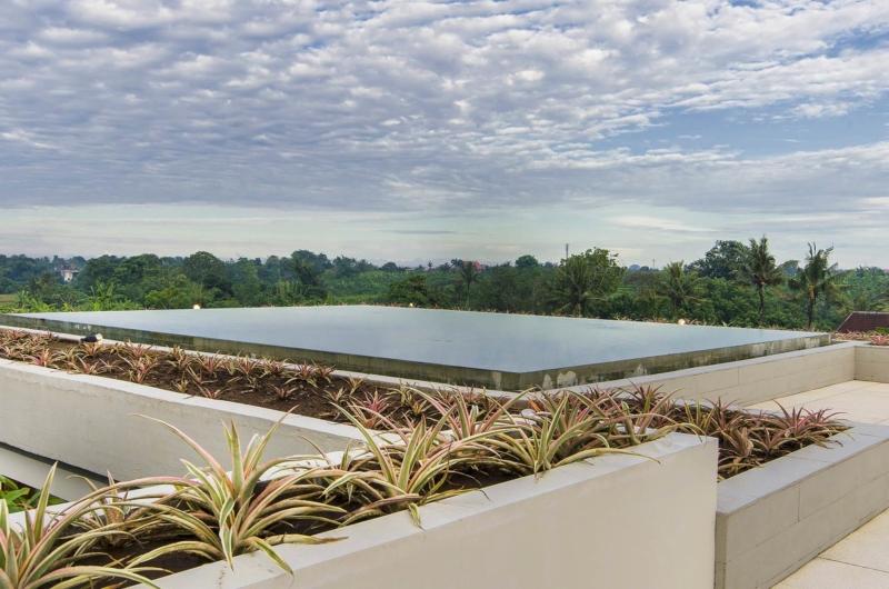 Gardens and Pool - The Iman Villa - Pererenan, Bali