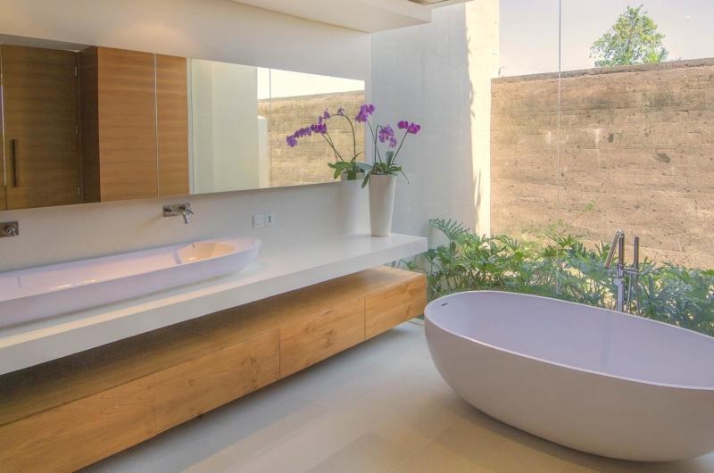 En-Suite Bathroom - The Iman Villa - Pererenan, Bali
