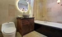 Bathroom with Bathtub - The Kumpi Villas - Seminyak, Bali