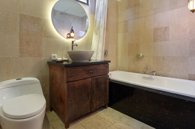 Bathroom with Bathtub - The Kumpi Villas - Seminyak, Bali