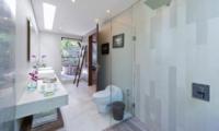 En-Suite Bathroom - The Layar - Seminyak, Bali