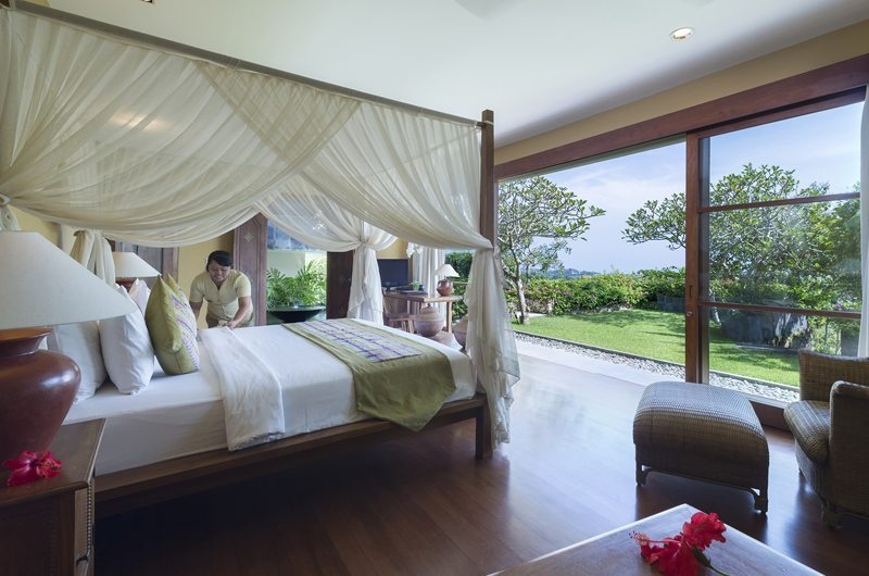 Bedroom with Garden View - The Longhouse - Jimbaran, Bali
