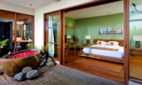 Bedroom and Romantic Bathtub - The Longhouse - Jimbaran, Bali