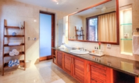 Bathroom with Mirror - The Malabar House - Ubud, Bali