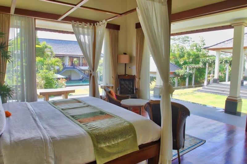 Bedroom with Seating Area - The Malabar House - Ubud, Bali
