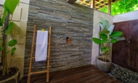 Semi Open Bathroom - The Malabar House - Ubud, Bali
