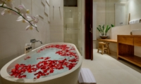 Romantic Bathtub Set Up - The Maya Villa - Canggu, Bali
