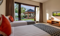 Twin Bedroom with Pool View - The Maya Villa - Canggu, Bali