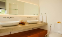 En-Suite His and Hers Bathroom - The Muse Villa - Seminyak, Bali