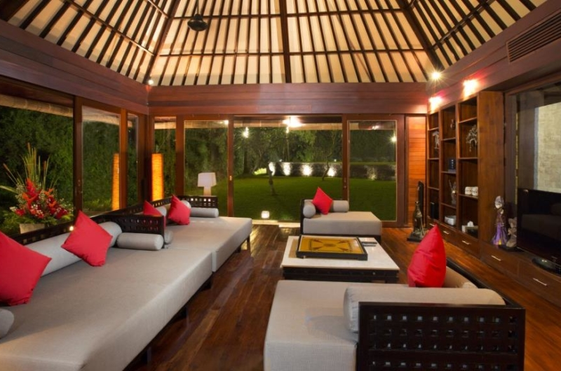 Lounge Area with TV - The Sanctuary Bali - Canggu, Bali