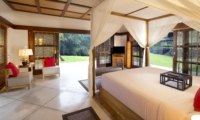 Bedroom with Four Poster Bed - The Sanctuary Bali - Canggu, Bali