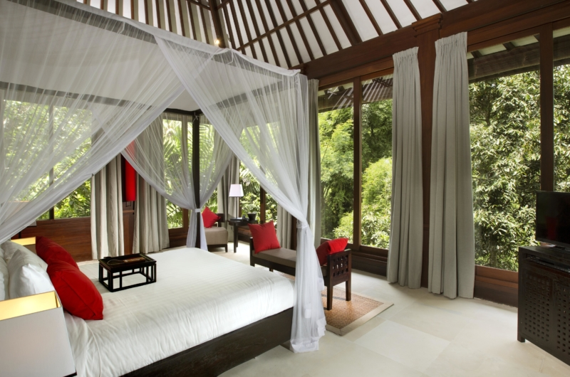 Four Poster Bed with Seating Area - The Sanctuary Bali - Canggu, Bali