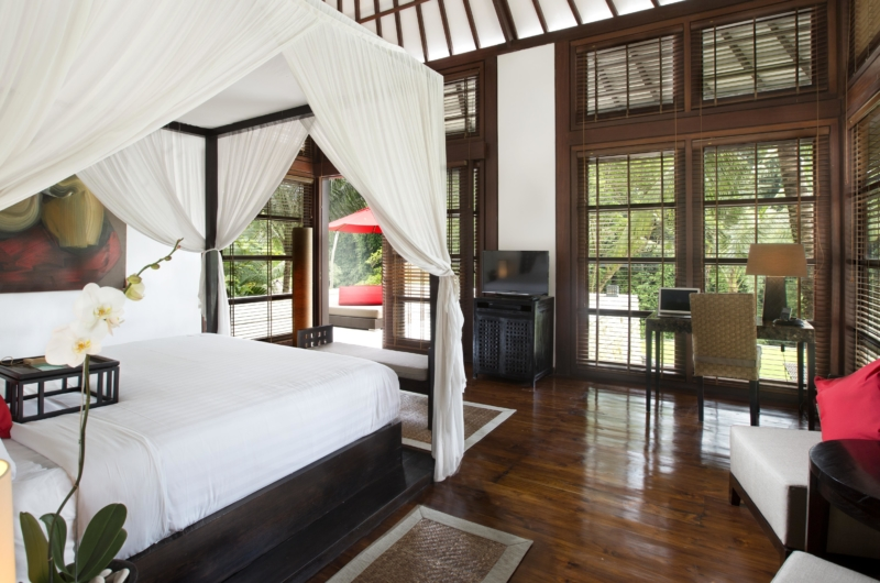 Four Poster Bed with Wooden Floor - The Sanctuary Bali - Canggu, Bali