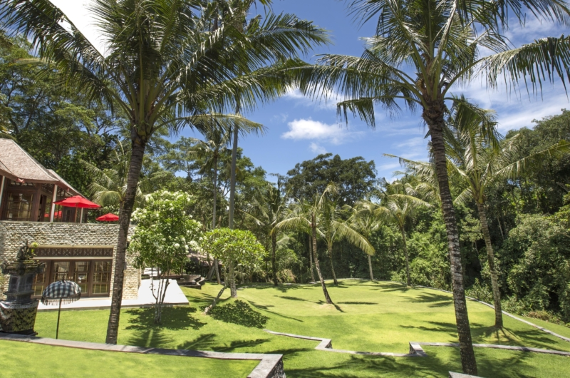 Lawns - The Sanctuary Bali - Canggu, Bali