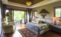 Bedroom with Wooden Floor - The Baganding Villa Bali - Seminyak, Bali