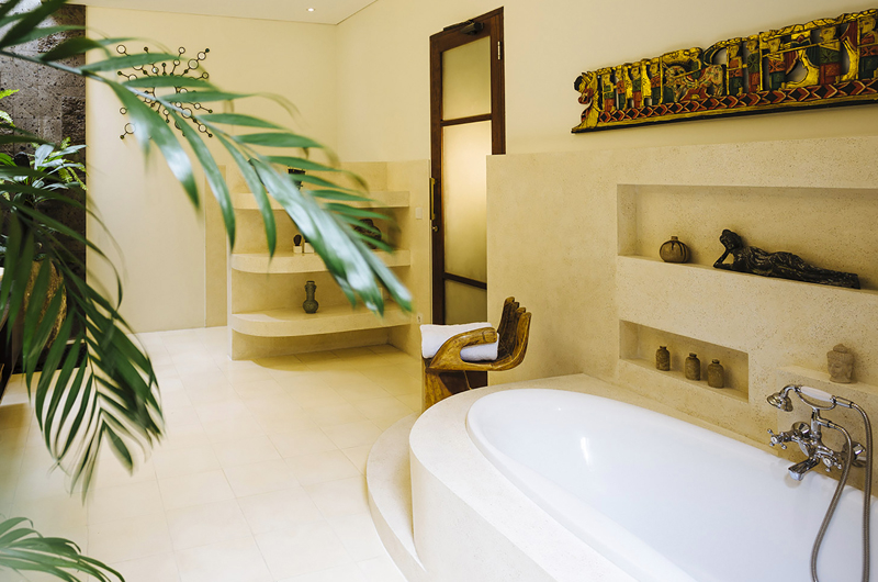 Bathroom with Bathtub - The Baganding Villa Bali - Seminyak, Bali
