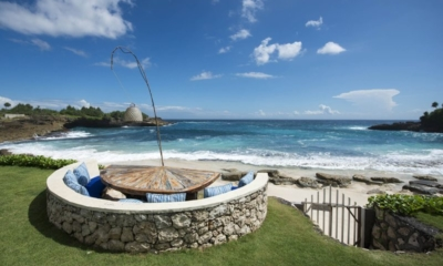 Beachfront Seating Area - The Beach Shack - Nusa Lembongan, Bali