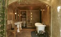 En-Suite Bathroom - The Island Houses - Desu House - Seminyak, Bali