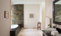 His and Hers Bathroom with Bathtub - The Kunja - Seminyak, Bali