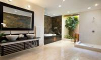 En-Suite Bathroom with Bathtub - The Kunja - Seminyak, Bali