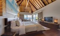 Bedroom with TV - The Luxe Bali - Uluwatu, Bali