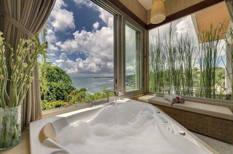 Bathtub with Sea View - The Luxe Bali - Uluwatu, Bali