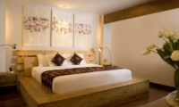 Bedroom with Table Lamps - The Seiryu Villas - Seminyak, Bali