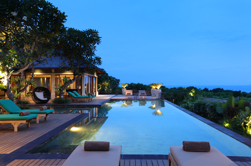 Night View - The Shanti Residence - Nusa Dua, Bali