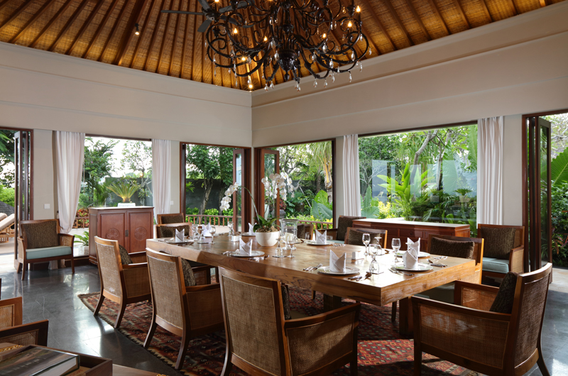 Dining Area - The Shanti Residence - Nusa Dua, Bali