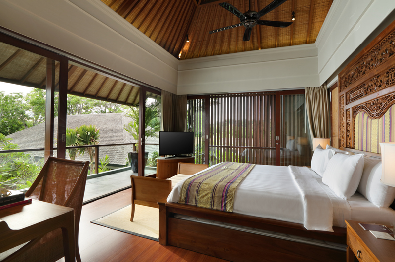 Bedroom with TV - The Shanti Residence - Nusa Dua, Bali