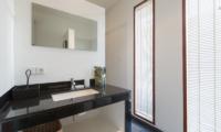 Bathroom with Mirror - The Uma Villa - Canggu, Bali