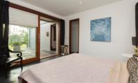 Bedroom with Garden View - The Uma Villa - Canggu, Bali