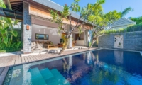 Gardens and Pool - The Wolas Villas - Seminyak, Bali