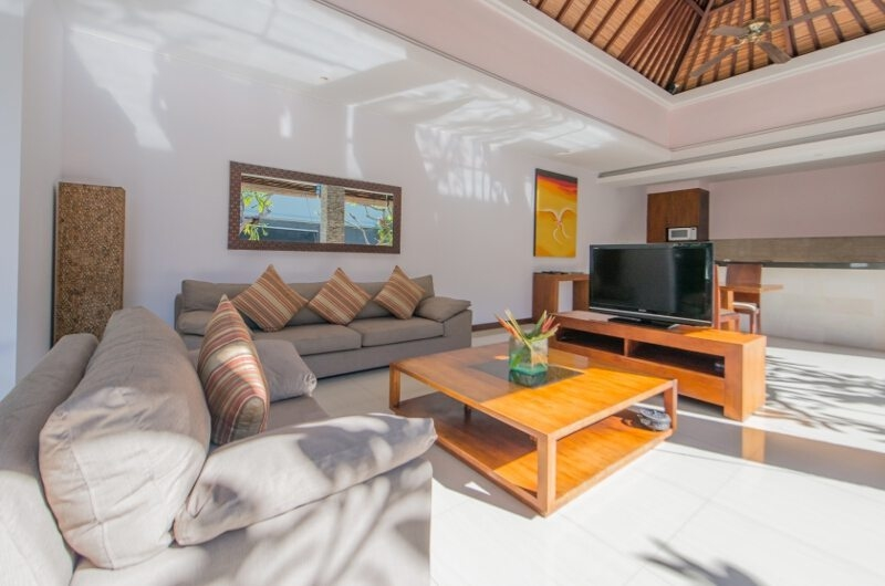Lounge Area with TV - The Wolas Villas - Seminyak, Bali