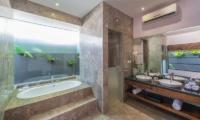 Bathroom with Bathtub - The Wolas Villas - Seminyak, Bali
