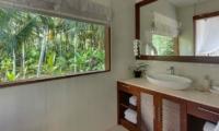Bathroom with View - Tirta Nila - Candidasa, Bali