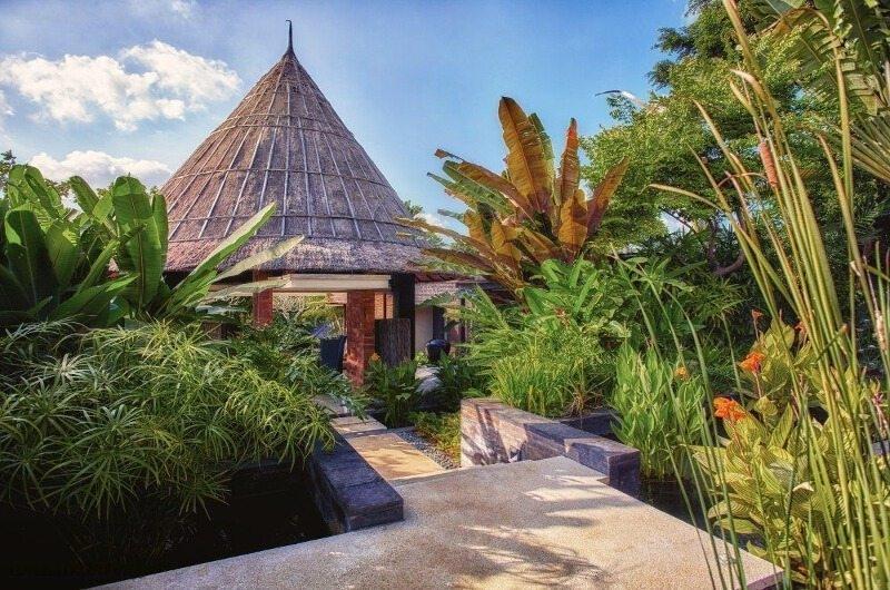 Pathway - Tukad Pangi Villa - Canggu, Bali