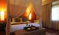 Bedroom with Wine - Umah Di Sawah - Canggu, Bali