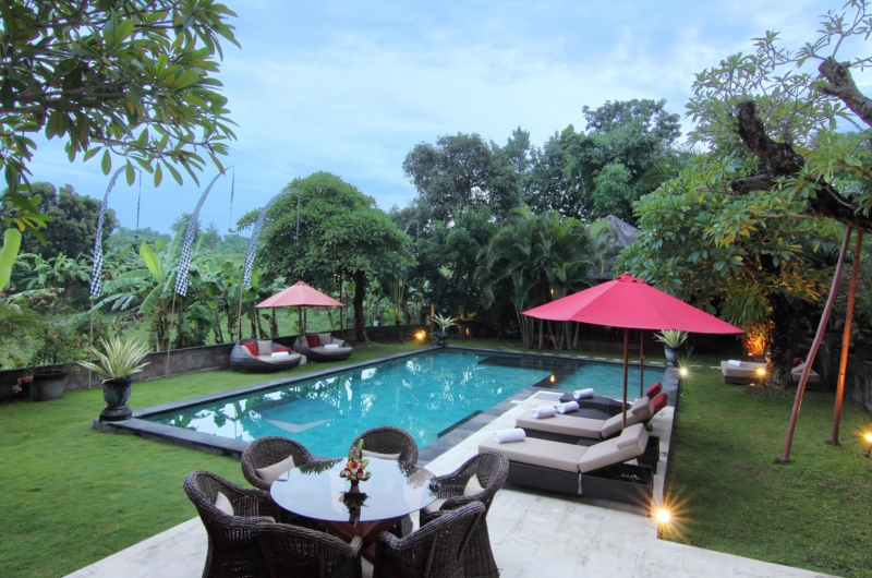 Pool Side Loungers - Umah Di Sawah - Canggu, Bali