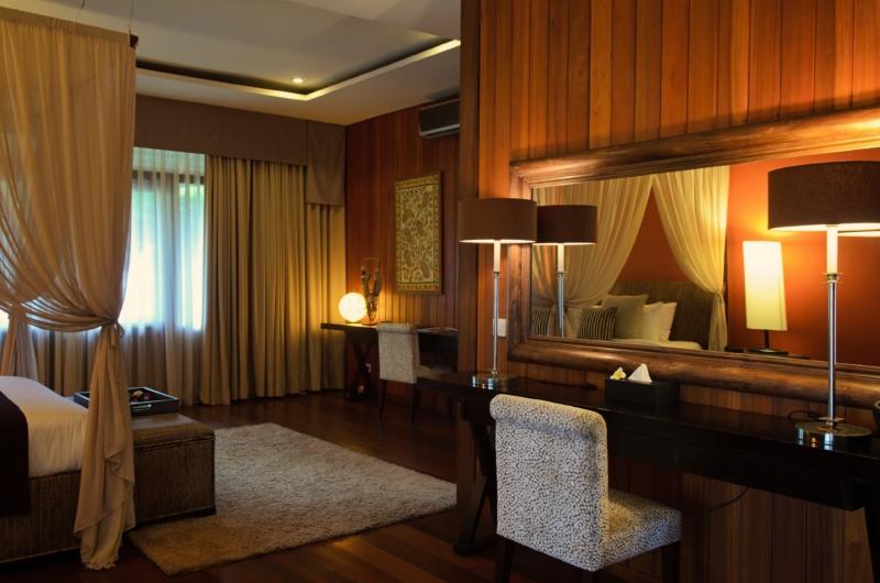 Bedroom with Dressing Area - Umah Di Sawah - Canggu, Bali