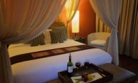 Bedroom with Seating Area - Umah Di Sawah - Canggu, Bali